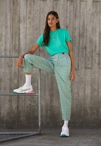 adidas Originals - FALCON - Trainers - footwear white/solar pink/silver metallic - 3