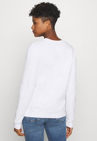 Hollister Co. - CHAIN CROPPED ICON  - Sudadera - white - 2