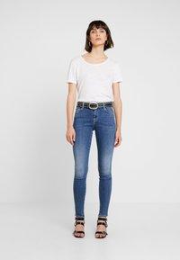 Replay - STELLA - Jeans Skinny Fit - medium blue - 2
