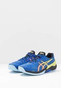ASICS - SKY ELITE FF - Chaussures de volley - blue/sour yuzu - 2