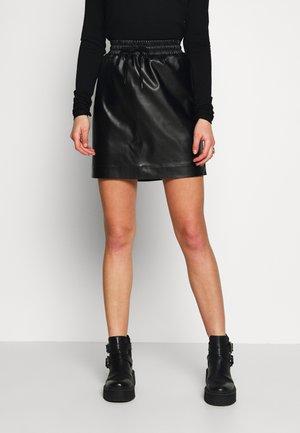 PCNIPPA SKIRT - Mini skirt - black