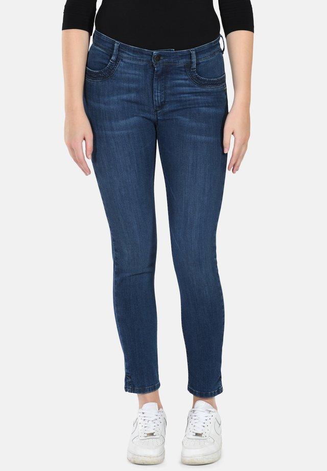 Slim fit jeans - medium blue w use