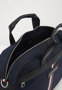 Tommy Hilfiger - UPTOWN COMPUTER BAG - Laptoptas - blue - 4