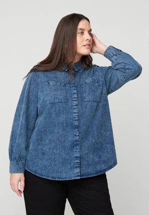 MIT BRUSTTASCHEN - Button-down blouse - blue
