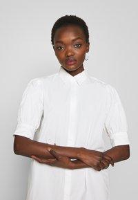 Bruuns Bazaar - FREYIE ALISE SHIRTDRESS - Shirt dress - white - 3