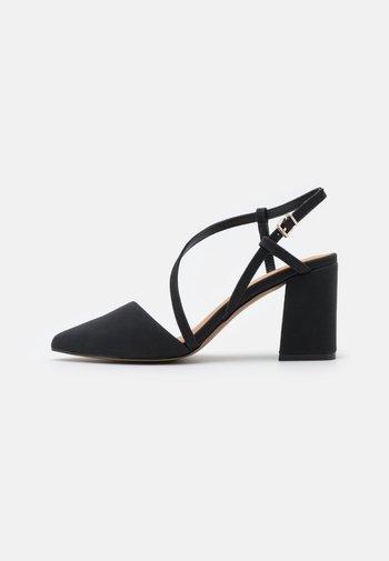 LINDENHOLT - Classic heels - black