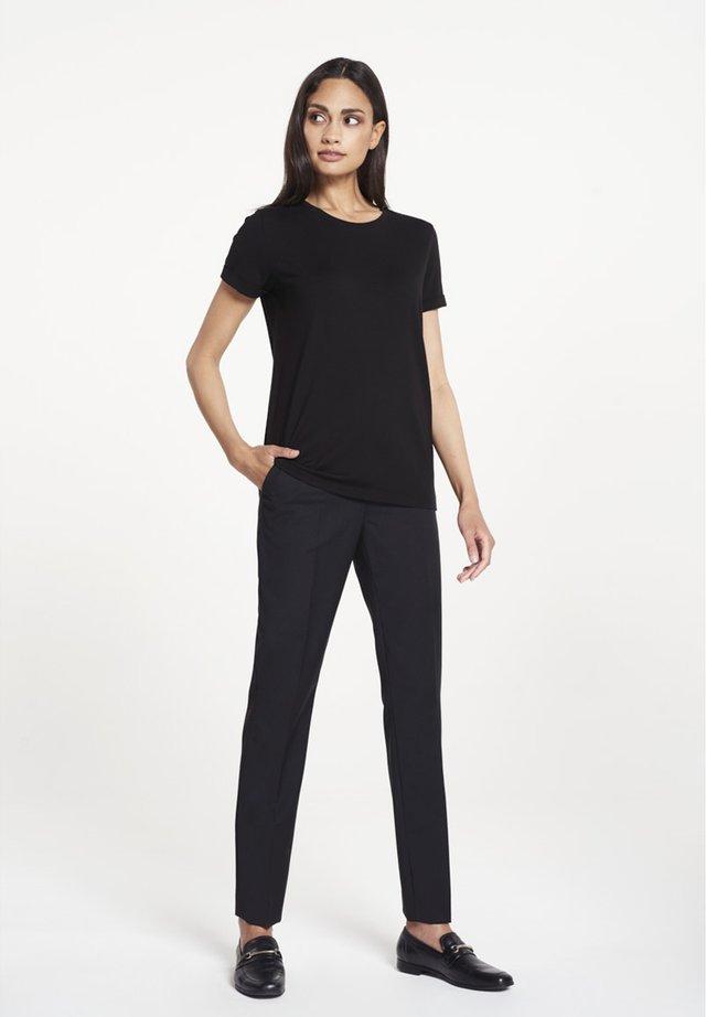 CARA - Basic T-shirt - black