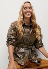 Mango - DORIS - Faux leather jacket - braun - 6
