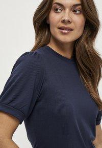 Minus - JOHANNA  - T-shirt basic - dark blue - 2