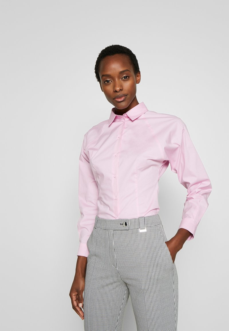 MAX&Co. - DESIO - Camisa - pink