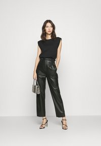 Pepe Jeans - NIKA - Trousers - black - 1
