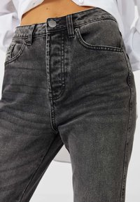 Stradivarius - Relaxed fit jeans - dark grey - 3