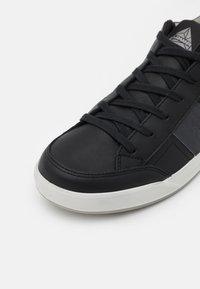 Lowa - CASSIS GTX - Chaussures de marche - schwarz/graphit - 5