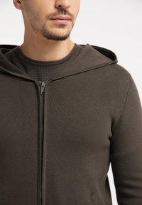TUFFSKULL - Zip-up hoodie - militär oliv - 3