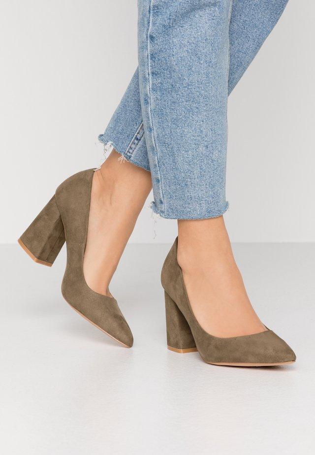 High heels - khaki
