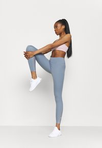 Nike Performance - ONE 7/8  - Leggings - ashen slate - 1