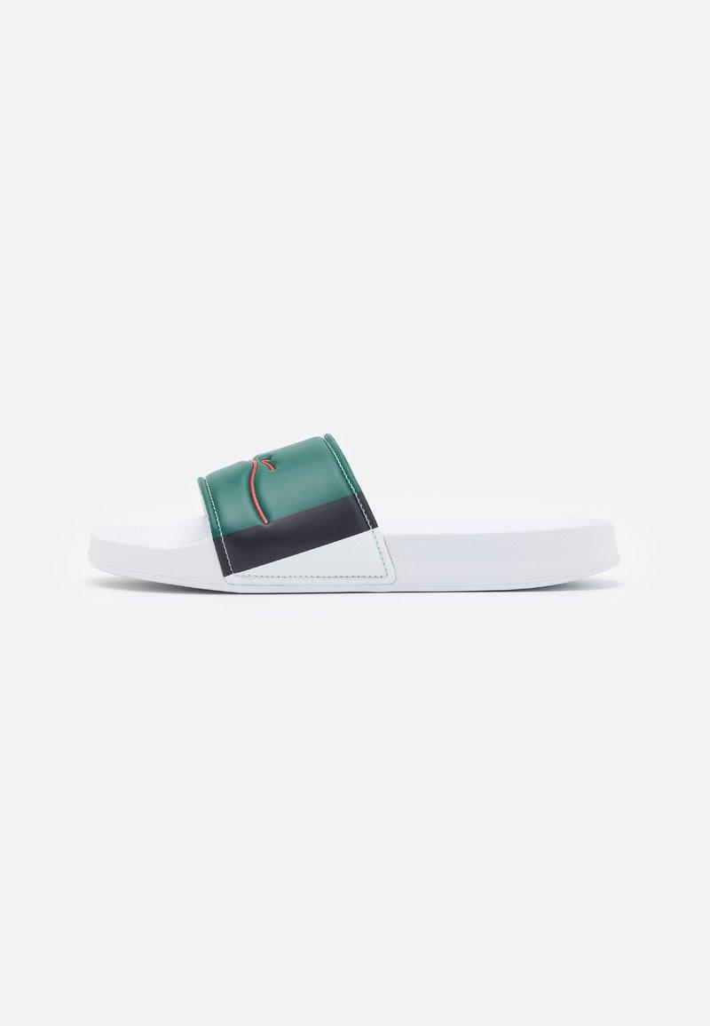 Karl Kani - SIGNATURE STRIPE POOL SLIDES - Pool slides - white/navy/green