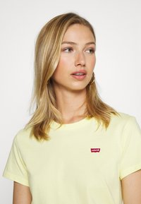 Levi's® - PERFECT TEE - T-shirt basique - lemon meringue - 3