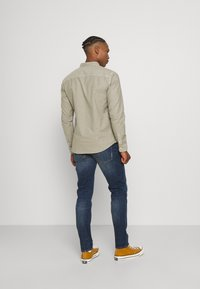 AllSaints - HUNGTINGDON SHIRT - Shirt - jasper green - 2