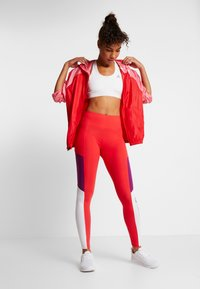 Tommy Sport - BLOCKED LOGO - Leggings - red - 1
