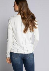 GINA LAURA - Långärmad tröja - offwhite - 1