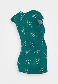 Envie de Fraise - FRANCINE - T-shirts med print - green/blue - 1