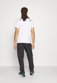 The North Face - PARAMOUNT ACTIVE CONVERTIBLE PANT - Kalhoty - asphalt grey