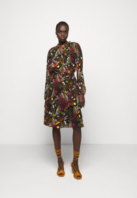 Marc Cain - Day dress - khaki - 1