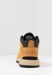 Timberland - SPRINT TREKKER MID - Bottines à lacets - wheat - 3