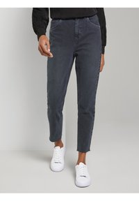 mine to five TOM TAILOR - Jeans Tapered Fit - grey - 0