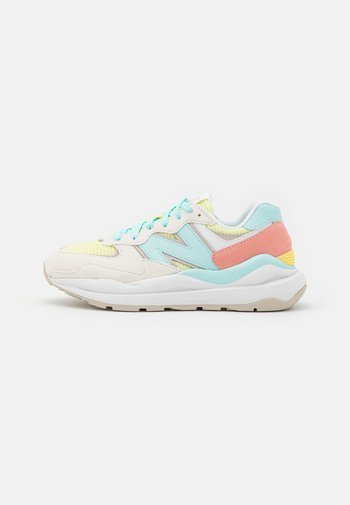 W5740 - Trainers - white
