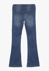 Name it - NKFPOLLY DNMATULLA BOOT PANT - Bootcut jeans - medium blue denim - 1