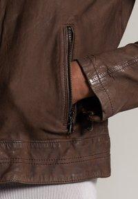 Autark - Leather jacket - dunkelbraun - 4
