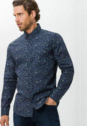 DANIEL  - Shirt - khaki