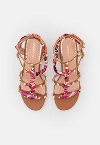 KHARISMA - Sandals - soft marrone - 5