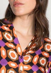Emily van den Bergh - BLOUSE - Blouse - orange brown lilac geometric - 4
