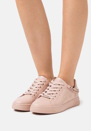 RIYAN - Sneakersy niskie - blush