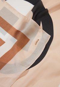 comma - MIT ALLOVER-PRINT - Foulard - green multi stripes - 2