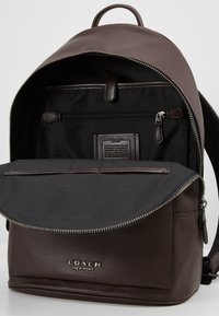 Coach - METROPOLITAN SOFT BACKPACK CEW - Reppu - qb/oak - 4