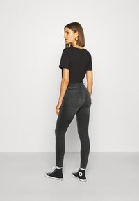 ONLY - ONLBLUSH CUT LIFE - Jeans Skinny Fit - dark grey denim - 2