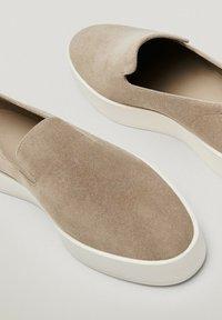 Massimo Dutti - Półbuty wsuwane - beige - 6