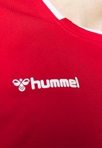 Hummel - HMLAUTHENTIC  - T-shirt print - true red - 5