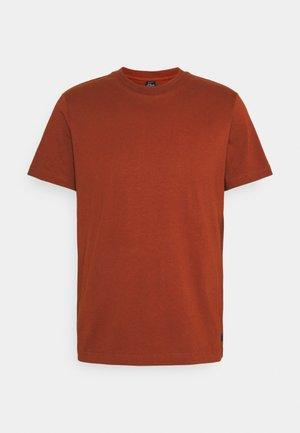 KURZARM - Camiseta básica - dark orang