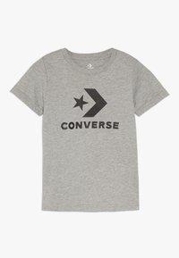 Converse - STACKED WORDMARK GRAPHIC TEE - Print T-shirt - dark grey heather - 0