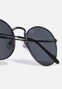 Jack & Jones - JACRYDER SUNGLASSES - Sunglasses - gunmetal - 3