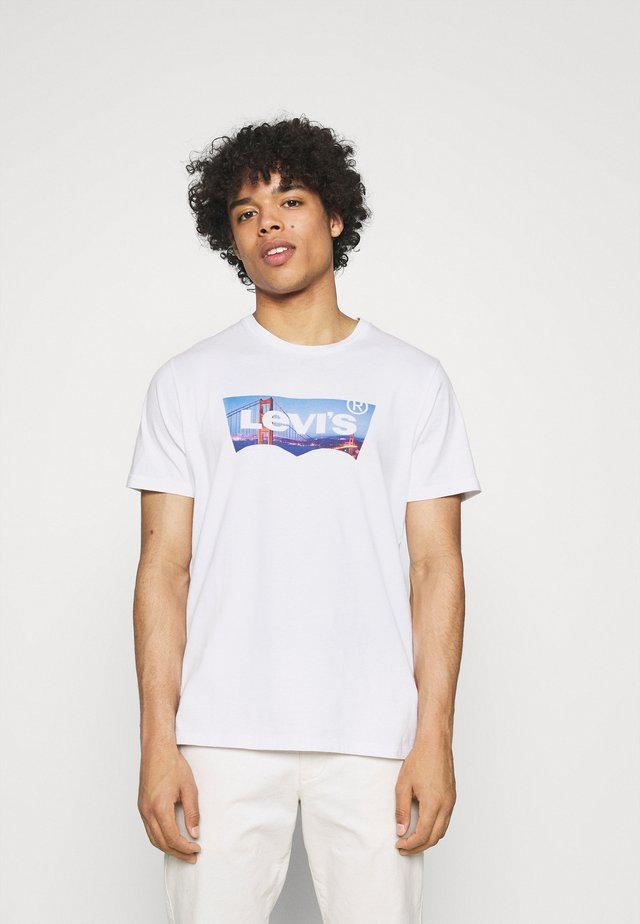 HOUSEMARK GRAPHIC TEE UNISEX - Triko s potiskem - fill white