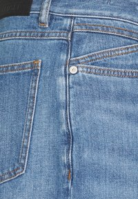 CLOSED - UNITY - Slim fit -farkut - light blue - 2