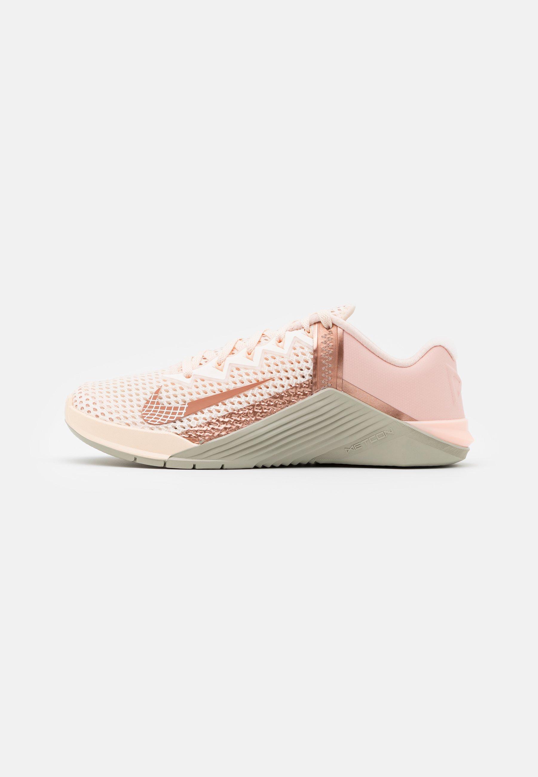 Intacto dolor frontera  Nike Performance METCON - Sports shoes - guava ice/metallic red  bronze/stone/light pink - Zalando.ie