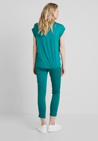 Soyaconcept - SC-THILDE - Blouse - ivy green - 2