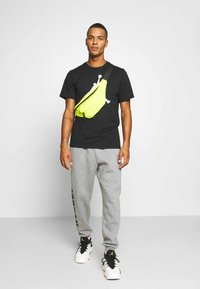 Jordan - MOUNTAINSIDE PANT - Pantaloni sportivi - carbon heather
